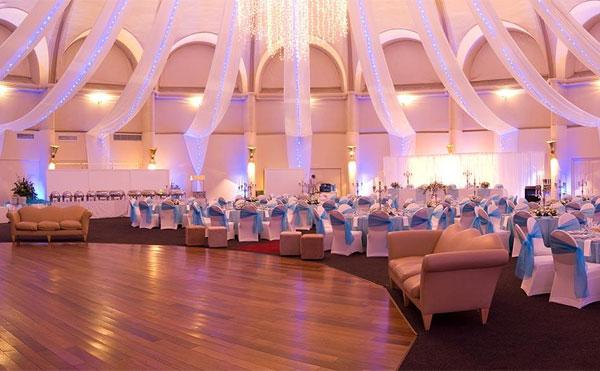 نورپردازی سالن عروسی